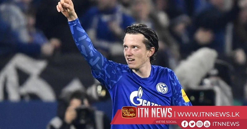 Schalke see off second placed Gladbach 2-0