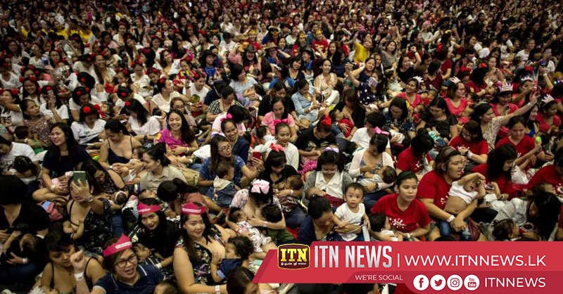 Thousands of Filipino mothers join mass breastfeeding campaign