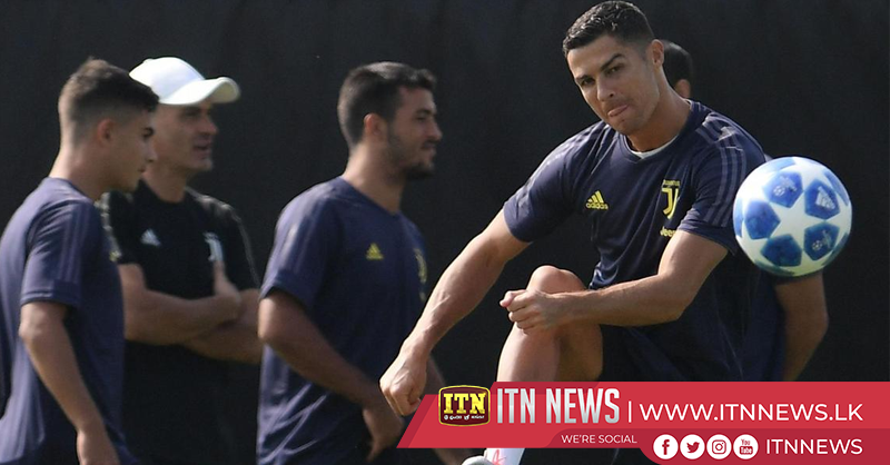 Ronaldo trains with Juventus ahead of Valencia Champions League match